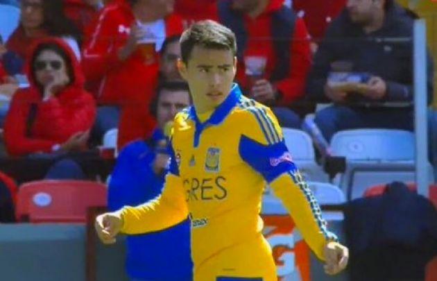 Lucas Zelarayán marcó su primer gol para Tigres.