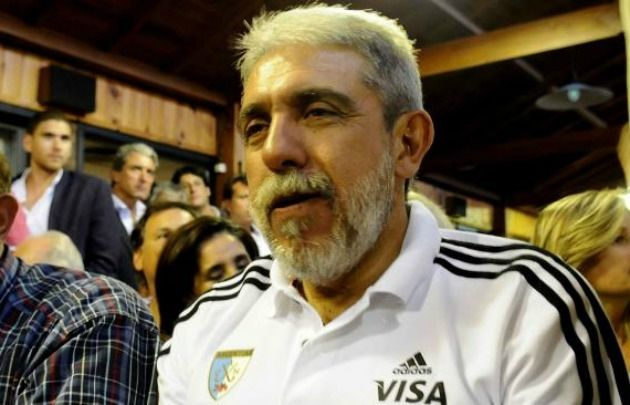 Imputaron a Aníbal Fernández por subsidios a la Confederación Argentina de Hockey.