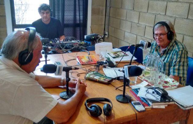 Rony Vargas con el historiador Gerardo Luna.