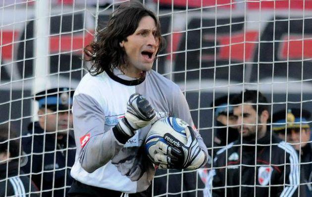 Olave recordó que el último gol de D´Alessandro en Argentina se lo hizo a él.