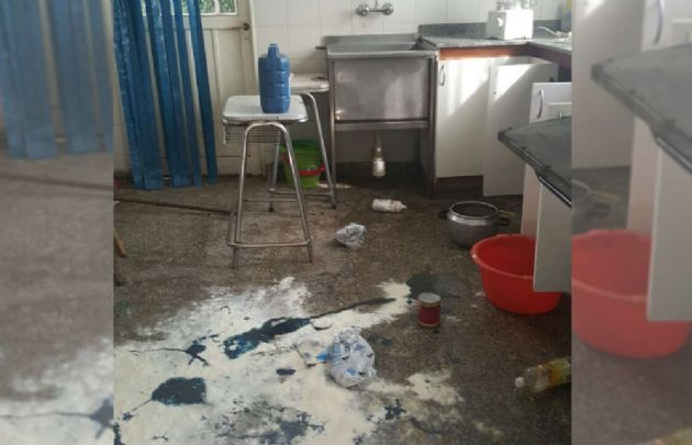 Así quedó la escuela luego de los destrozos.