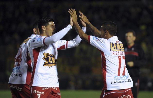 El Globo trajo una valiosa victoria desde Uruguay.