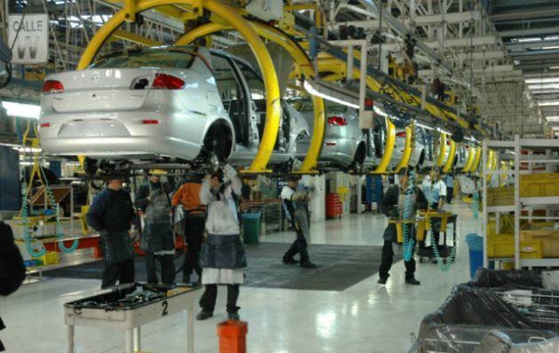 En la actualidad la industria nacional fabrica unos 540 mil vehículos al año.