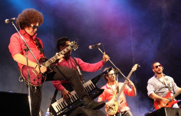 Macúmbicos estrenó el video de su nuevo tema musicall.