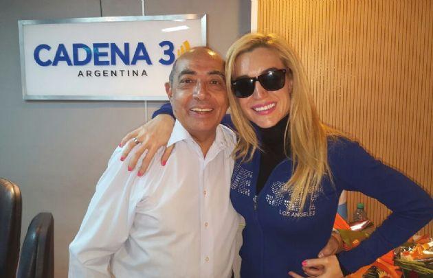 Fátima Florez visitó los estudios de Cadena 3.