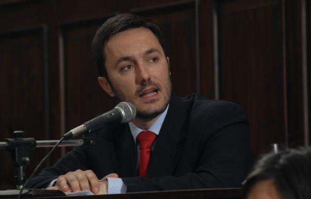 El diputado Petri propone cambios a la actual ley.