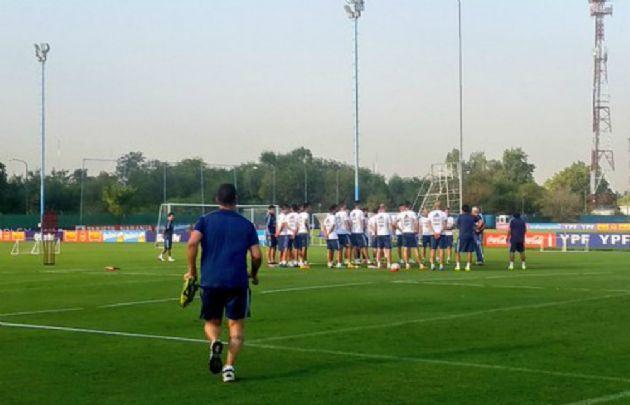 La Selección durante la práctica en Ezeiza.