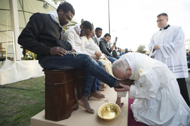 Bergoglio mostrará al mundo otro fuerte gesto de misericordia.