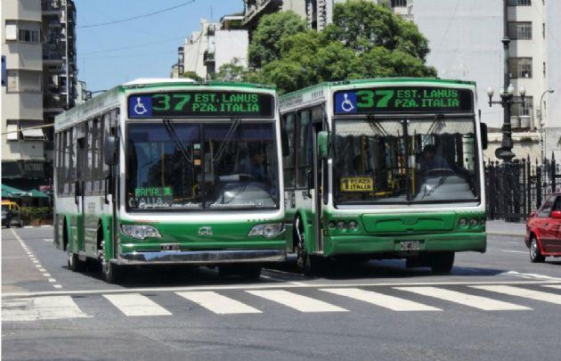 Colectivos urbanos de Buenos Aires.