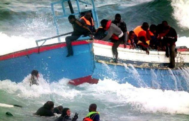 Equipos de rescate lograron rescatar a algunos de los náufragos (Foto: Archivo)
