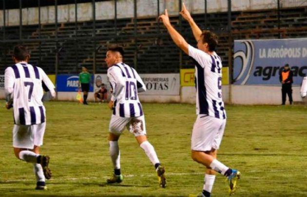 El delantero Gonzalo Klusener anotó el gol de la victoria de la ''T''.