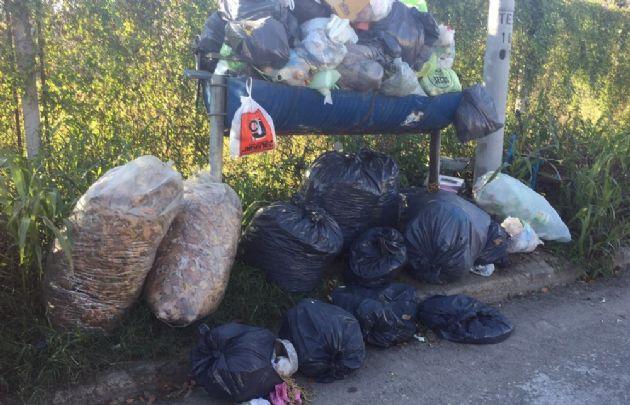 En Nueva Italia hace días que no hay recolección de residuos.