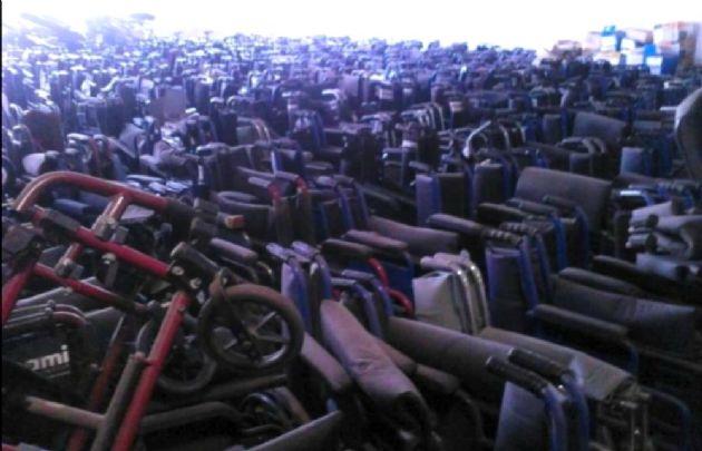 El Gobierno denunció a la gestión anterior por el hallazgo de 15 mil ruedas apiladas.