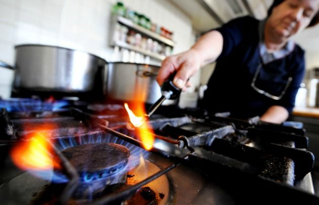 La escuela necesita el gas para calefaccionar las aulas y talleres.