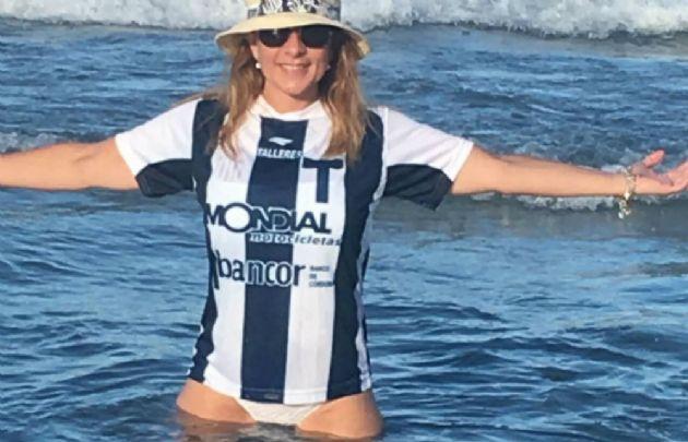 Claudia Agüero festeja el ascenso del Matador en Miami.