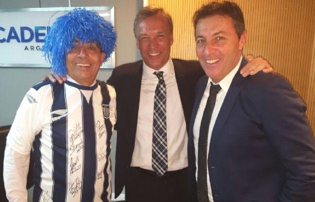 Mario Pereyra de festejo junto a Andrés Fassi y Frank Kudelka.