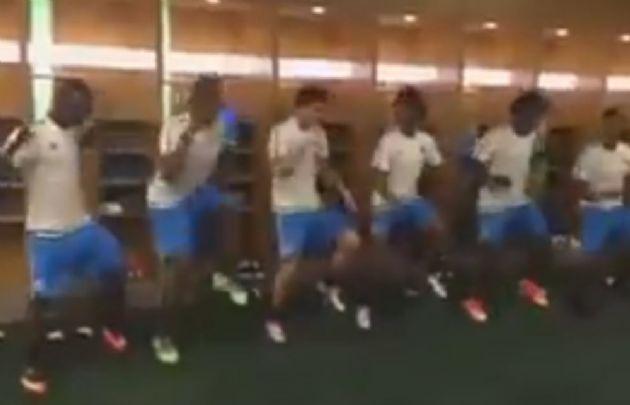 Al ritmo de James Rodríguez, así baila la selección de Colombia.