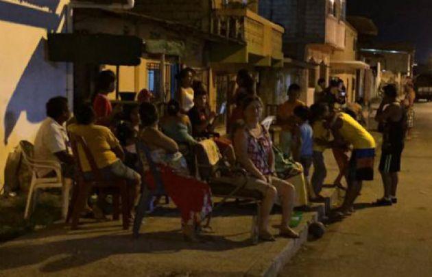 Los sismos dejaron sin energía a vastas zonas del país (Foto: El Comercio).