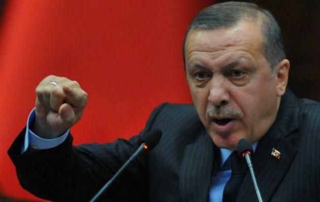 El presidente turco, Recep Erdogan, toma medidas tras el intento de golpe.