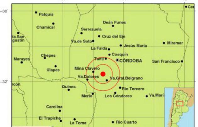 El epicentro se ubicó a mitad de camino entre Villa General Belgrano y Mina Clavero.