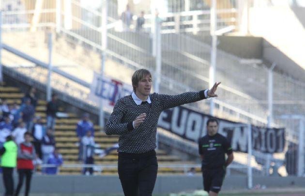''Teté'' González sonrió en su primer clásico como técnico de Belgrano.
