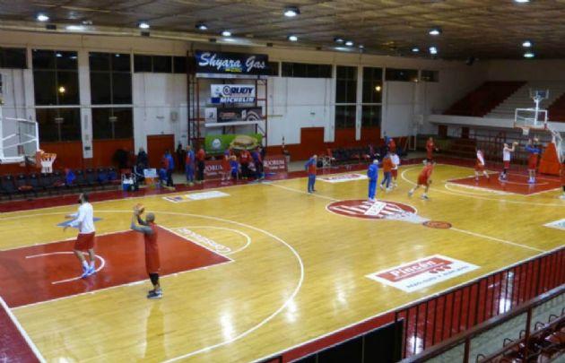 El plantel de Serbia entrenó en el Ángel Sandrín de Instituto (Foto: @InstitutoACC)