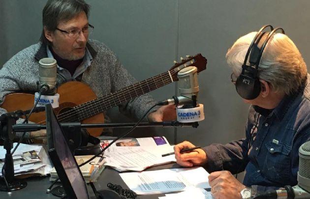 Ariel Borda llegó a Viva la Radio con ''Arrope''.