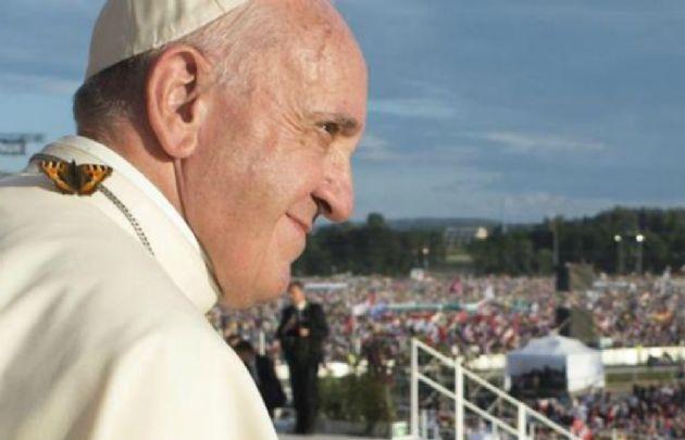 El Papa agradeció la labor de los rescatistas.