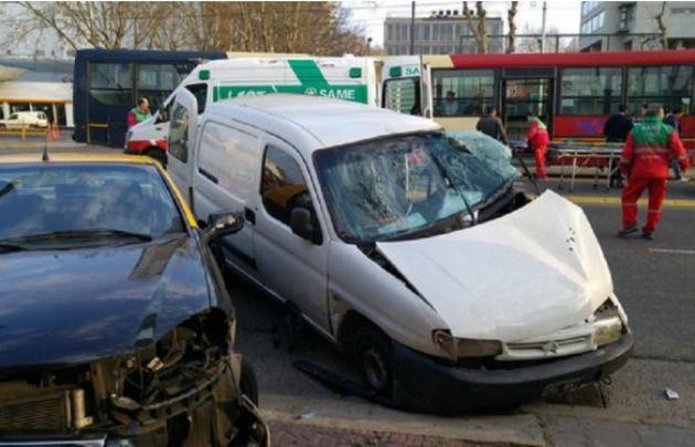 El accidente fue en Av. Juan B. Justo y Costa Rica, Palermo (Foto: Minuto Uno)