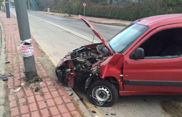 El accidente se produjo en avenida Sabattini a la altura del edificio de Vialidad.