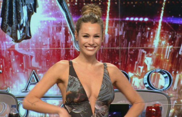 Marcelo Tinelli anunció que Pampita vuelve al jurado del Bailando 2016.