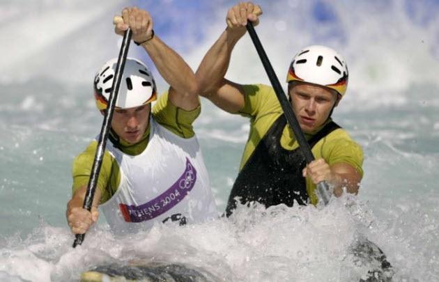 Stefan Henze (derecha) participó de los Juegos Olímpicos de Atenas 2004.