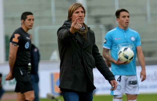 Teté González renunció como DT de Belgrano.