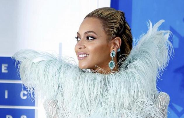 Merecidos premios para la cantante, que tuvo un año muy intenso.