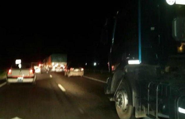 El choque en la ruta 9 norte generó demoras (Foto: Radio Jesús María)