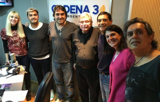 Los Nocheros adelantaron su show en Viva la Radio.