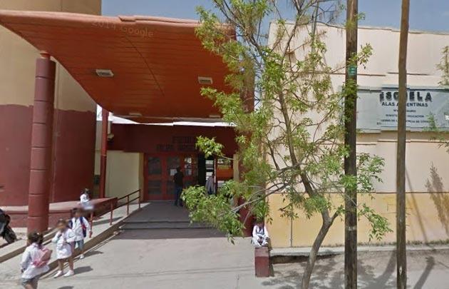 Escuela Alas Argentinas, víctima del robo de los adolescentes.