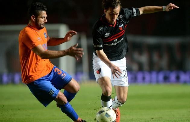 Colón venció 1 a 0 a Talleres en un polémico partido.