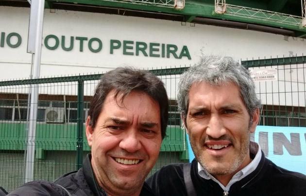 Houriet y Estela, en el estadio de Coritiba.