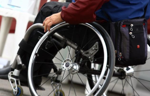 Robaron en un violento asalto la silla de ruedas a un discapacitado (Foto: archivo).