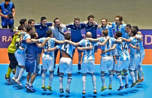 Argentina disputará la final del Mundial de futsal con Rusia.