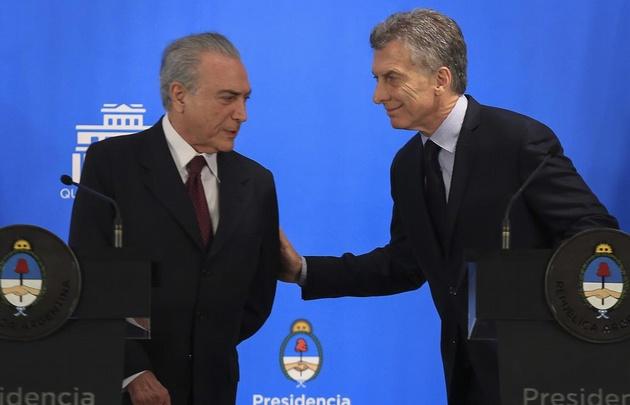 Argentina y Brasil, entre otros países, condenaron la violencia en Venezuela.