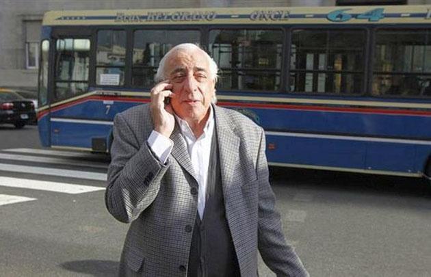 Fernández llamó a acordar con los empresarios.