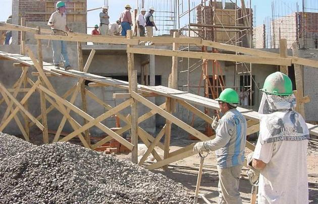 Uno de los sectores más castigados fue el de la construcción.