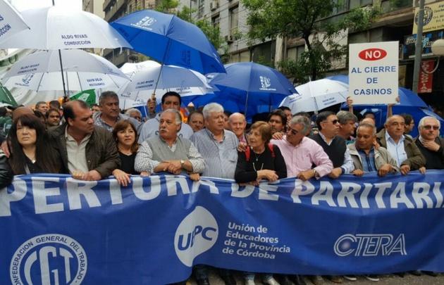 Complicaciones para circular por el centro cordobés por la protesta de la CGT.