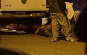 Conmoción de vecinos por confuso tiroteo con dos agentes muertos en La Matanza.