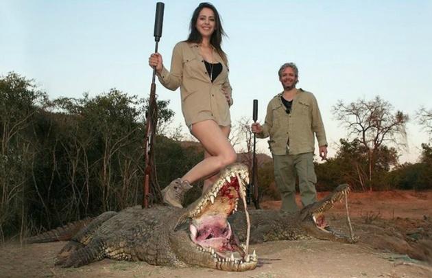 Polémicas fotos de Vannucci y Garfunkel cazando animales.