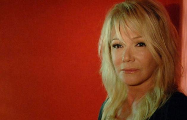 La actriz habló de la violencia que sufrió en su adolescencia.