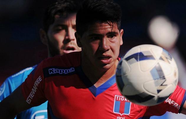 ''Cachete'' Morales fue determinante en el triunfo de Tigre sobre Belgrano.