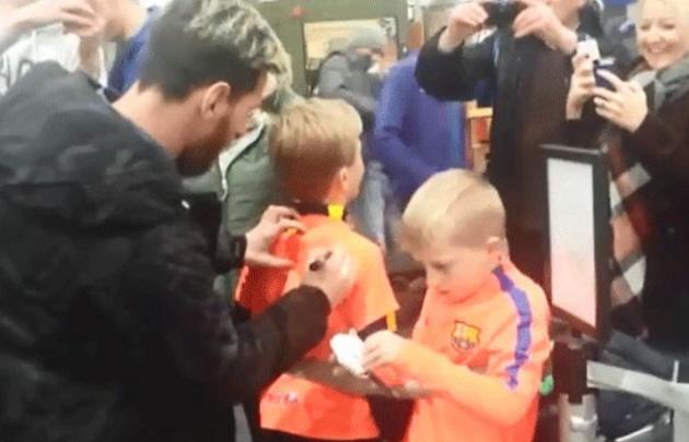 La desopilante reacción de dos niños al conocer a Messi.